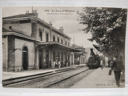 Firminy. La Gare. Arrivée D'un Train Du Puy - Firminy