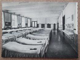 (K73) - Medisch - Pedagogisch Instituut St. Franciskus - Strijtem - Borchlombeek - Slaapzaal Van De Kleintjes - Roosdaal