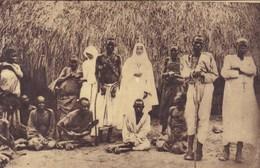 Uganda, Soeurs Blanches (Herent En Tielt)  En Visite Chez Les Lépreux,   (pk54889) - Missions