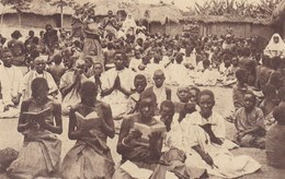 Uganda, Soeurs Blanches (Herent En Tielt)  Witte Zusters, De Katechismusles,   (pk54890) - Missions