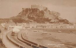 ¤¤  -  ROYAUME-UNI   -  Carte-Photo De JERSEY   -  MONT-ORGUEIL Castle  -  Train , Chemin De Fer  -   ¤¤ - Jersey