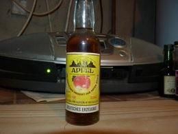 Mignonettes Apfel Pomme Allemagne - Miniatures