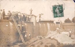 """¤¤  -   Carte-Photo D'ouvriers Maçons  -  Attelage , Cheval  -  Tampon """" Deux-Sèvres """"    -   ¤¤ - France"""