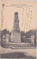 PASSAVANT-EN-ARGONNE - Monument Commémoratif Du Massacre Des Mobiles (25 Août 1870) - Monuments Aux Morts