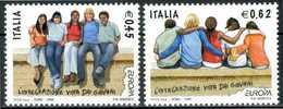 """ITALIA / ITALY 2006** - Europa """"L'integrazione Vista Dai Giovani"""" -  2 Val. MNH, Come Da Scansione. - 2006"""