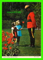MÉTIERS - ROYAL CANADIAN MOUNTED POLICE - PHOTO BY MALAK - WILSON'S SUPERB - - Police - Gendarmerie