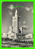VARSOVIO, POLOGNE - LA PALACO DE KULTURO KAJ SCIENCO - TRAVEL IN 1959 - ZAKLADY WYTWOREZE - - Pologne