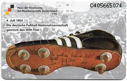 Netherlands/Germany (Cooperation) - Haus Der Geschichte 2 - Football Shoe, 2.5ƒ, 2.000ex, Mint - Pays-Bas