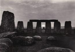 AL99 Stonehenge, Wiltshire, Sunrise - RPPC - Stonehenge