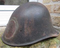 Coque De Casque Hollande 1940-Piece De Terrain Provenance Flandres - 1939-45