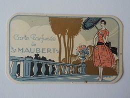 Ancienne Carte Parfumée De  Maubert Femme Avec Ombrelle - Oud (tot 1960)