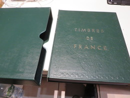 FRANKREICH  Und  EUROPA  1970 Bis 1986  TIMBERES - POSTE  VORDRUCK - TEXT  Im  BINDER  Mit  SCHUBER - Alben & Binder