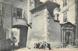 CPA 87 - HAUTE VIENNE - Limoges Portail Imbert Et Couvent Des Soeurs De La Croix Neuve - Limoges