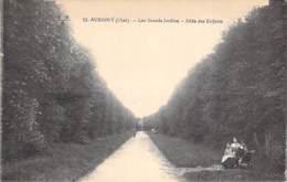 18 -AUBIGNY SUR NERE : Les Grands Jardins - Allée Ds Enfants - CPA - Cher ( Berry ) - Aubigny Sur Nere