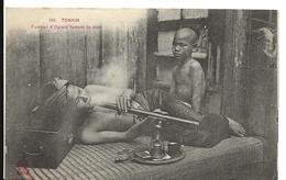 TONKIN Fumeur D'opium Fumant La Pipe ...F - Viêt-Nam