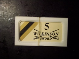 Lamette Da Barba Wilkinson Sword. Scatola In Plastica Ancora Sigillata (RAZOR BLADES, LAMES DE RASOIR) - Lamette Da Barba