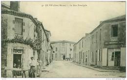 79.LE PIN.N°19149.LA RUE PRINCIPALE.CAFE BERTONNEAU - Autres Communes