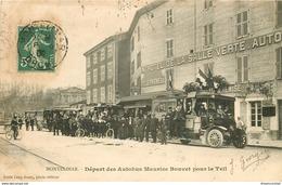 WW 26 MONTELIMAR. Départ Des Autobus Maurice Bouvet Pour Le Teil 1909 Devant L'Hôtel - Montelimar