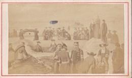 Photographie Sur Carton - Enterrement Des Morts à Champigny (sur-Marne 94) - Photo A. Quinet à Paris (75) - Guerre 1870 - Guerra, Militari