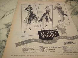 ANCIENNE PUBLICITE TAILLEURS - ROBES - ENSEMBLE --KESTOS 1955 - Habits & Linge D'époque