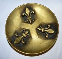 JOLI VIDE POCHE COUPELLE EN BRONZE DECOR FLEURS DE LYS BE - Bronzes