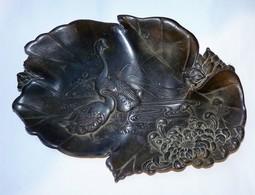 JOLI VIDE POCHE COUPELLE EN REGULE TOUT CISELE DECOR CYGNES TBE - Sculptures
