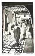 POSTAL   TETUAN  -MARRUECOS  - RUE MSINDI  (FOTO L.ROISIN) - Marruecos
