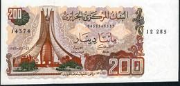 ALGERIA   P135   200  DINARS   1983    UNC. - Argelia