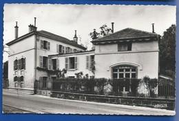 DINOZE    Maison De Retraite - France