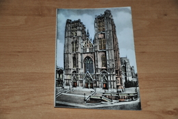 7706-   BRUXELLES, EGLISE STe GUDULE - Marchés