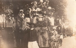 Rare Très Belle Photo Carte D'une Fête Des Fleurs ,chars En Bretagne - Fotografía