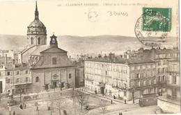 Clermont Ferrand  . L'hotel De La Poste Et Les Minimes. - Clermont Ferrand