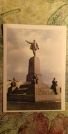 UKRAINE Vc Russia.  Crimea. Sevastopol. Lenin Monument -  1959 - Monuments
