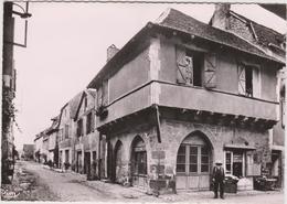 DAV :  Lot : BRETENOUX  :  Vue  Ancienne  Maison - Bretenoux