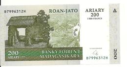 MADAGASCAR 200 ARIARY 2004 UNC P 87 - Madagascar