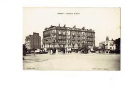 Cpa - 77 - MELUN - Place De La Gare - Travaux Toiture échafaudage - Gelin Edit - 1936 - Melun