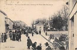Piégut           24       Jour De Marché  (voir Scan) - France