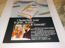ANCIENNE PUBLICITE LE GOUT LE PRIX CIGARETTE CHESTERFIELD 1968 - Tabac (objets Liés)