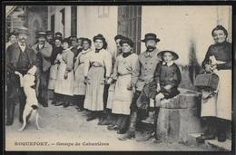 CPA 12 - Roquefort, Groupe De Cabanières - Roquefort