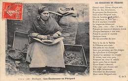 Métier Divers Périgord      24       Les Enoiseuses  Avec Poème     (voir Scan) - France