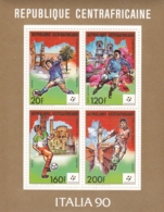 Centrafricaine 1989, 1398/01 Kleinbogen, Fußball-Weltmeisterschaft 1990.  MNH ** - Centrafricaine (République)
