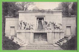 PARIS / CIMETIERE DU PERE LACHAISE / LE MONUMENT AUX MORTS.... / Carte Vierge - Andere Gemeenten