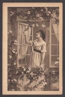 92759/ JEUNE FEMME à Sa Fenêtre - Vrouwen