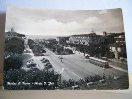 1960 - Marina Di Massa - Piazza Betti - Albergo Torino E Hotel Tirreno - Autobus Bus - Auto D'epoca - Ed. R. Nicolini - Massa