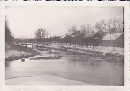 Foto Dorf Mit Fluss - Russland - Ca. 1942 - 8,5*5,5cm (39102) - Orte