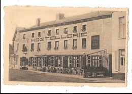 Havelange  ( M 3255 )  Hostellerie De La Poste ( Terrasse Et Pompe A Essence Devant ) - Havelange