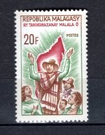 MADAGASCAR N° 425 NEUF SANS CHARNIERE  COTE 0.50€ HYMME NATIONAL - Madagascar (1960-...)