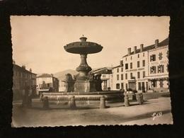 Ambert Fontaine Place Des Allées Cpm - Ambert