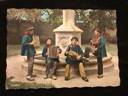 Ambert Orchestre Folklorique Cpm - Ambert