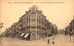 Schaerbeek - Avenue Princesse-Elisabeth Et Rue Albert-Giraud (animée) - Schaarbeek - Schaerbeek
